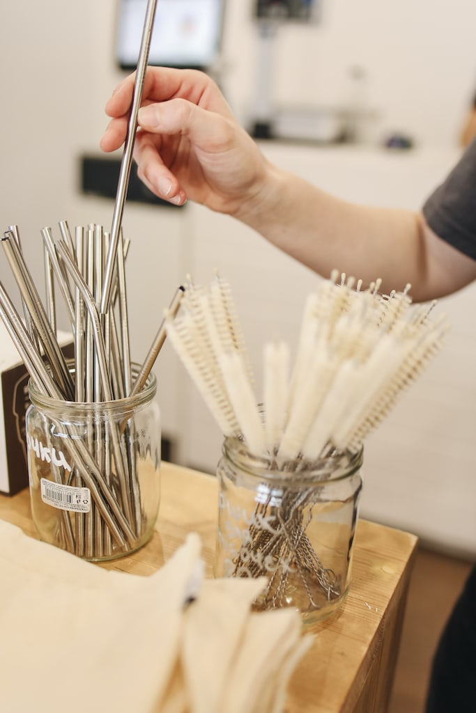 metal straws comparisons pros and cons bamboo what is the best straw green eco friendly AQUASANI Springfield mo Missouri environmentally friendly